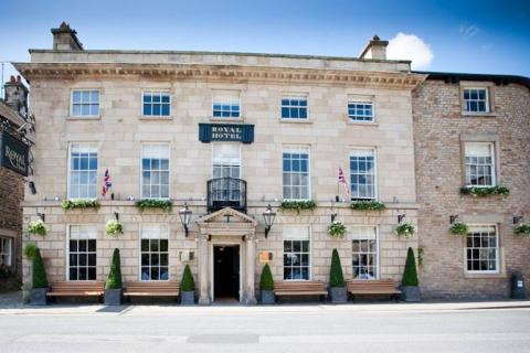 The Royal Hotel, Kirkby Lonsdale from Market Square